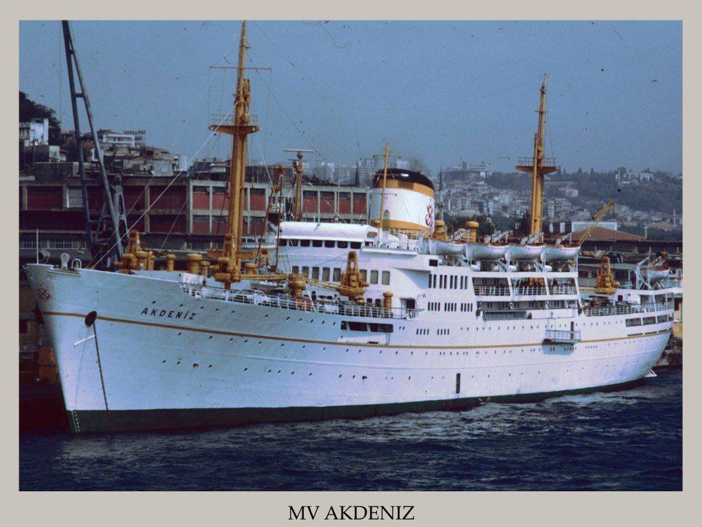 PAQUEBOT PASSE MV AKDENIZ.002