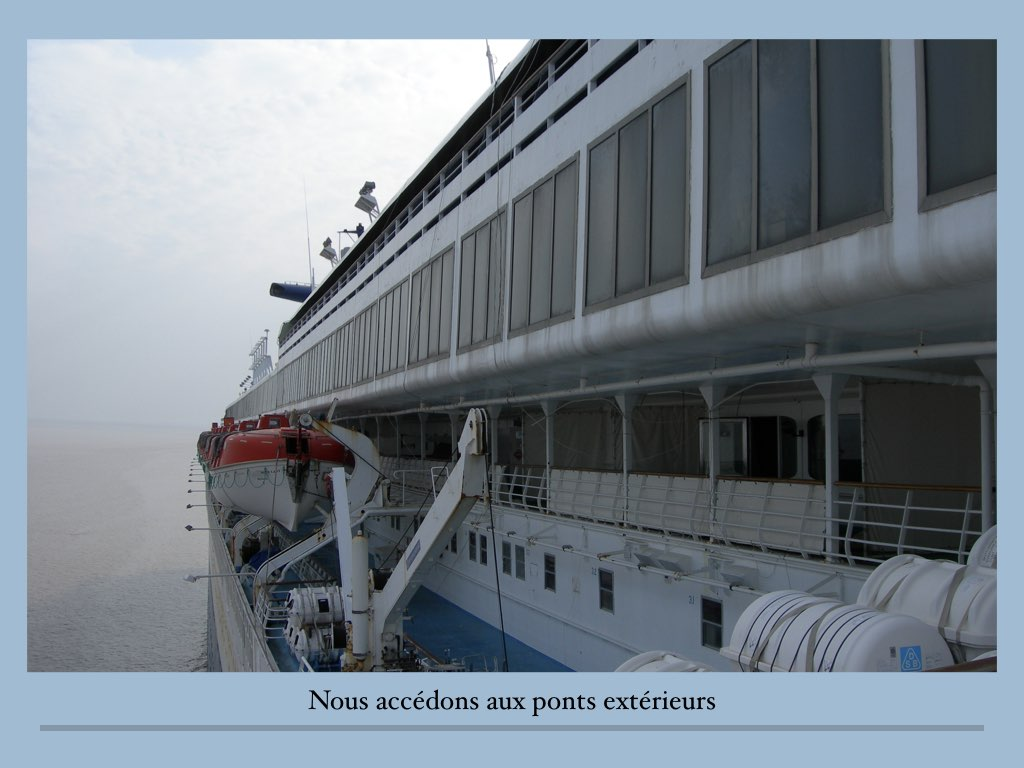 REPORTAGE SS NORWAY ALANG.023
