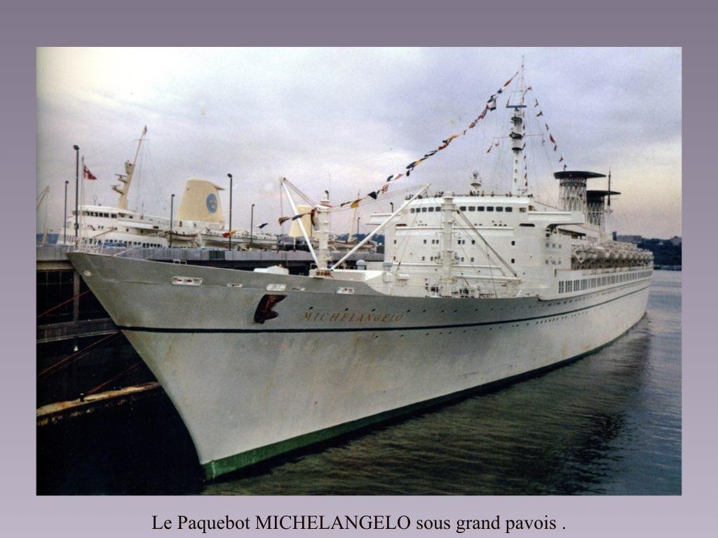 PAQUEBOT DE LEGENDE MICHELANGELO ET RAFFAELLO.050