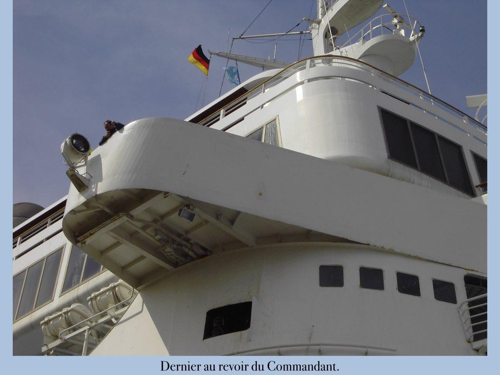 REPORTAGE-25 MAI 2005-DERNIER DÉPART DU SS NORWAY BREMERHAVEN..045