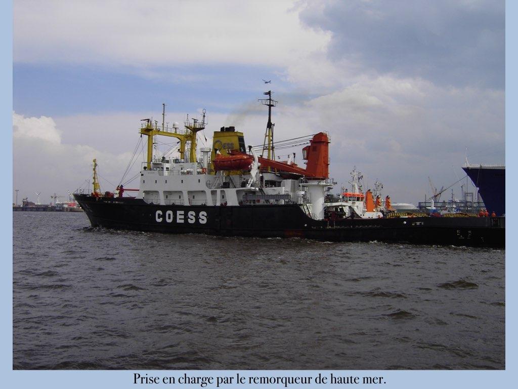 REPORTAGE-25 MAI 2005-DERNIER DÉPART DU SS NORWAY BREMERHAVEN..047