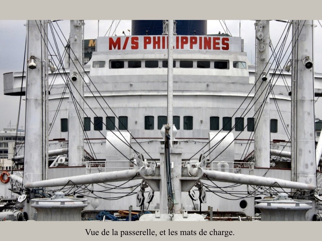 REPORTAGE- AUGUSTUS-M_S PHILIPPINE À MANILLE..014