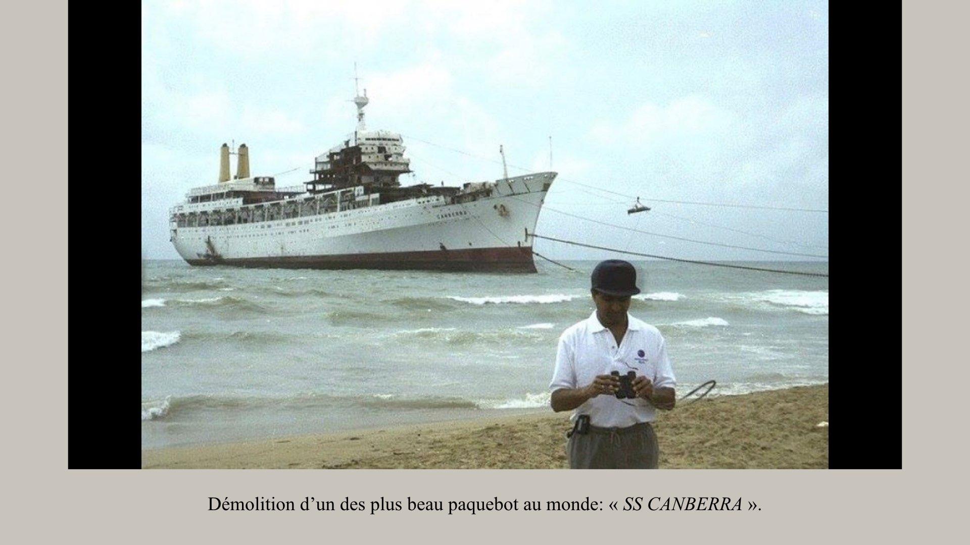 PAQUEBOT DE LÉGENDE- SS CANBERRA..026